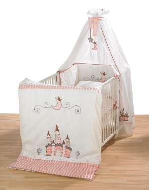 baby im kinderbett schlafen lassen kinderbett m 228 dchen wo die kleinen gl 252 cklich schlafen
