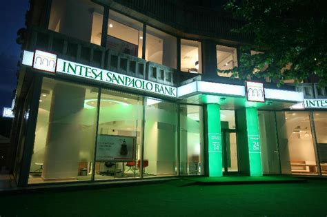 intesa eur intesa sanpaolo bank reports eur 114 000 profit in romania