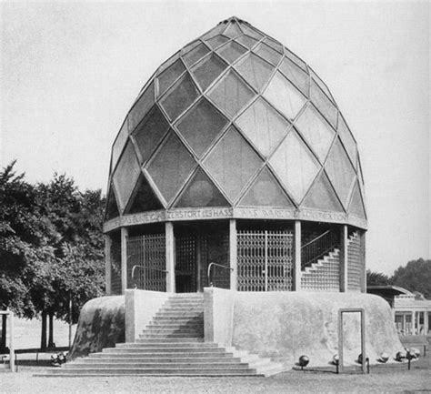 glas pavillon open file bruno taut glass pavilion