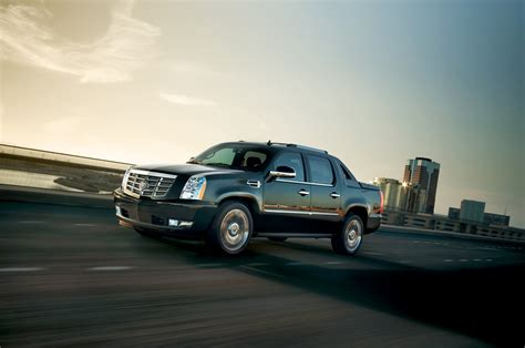 2013 Cadillac Escalade Towing Capacity 2013 Cadillac Escalade Ext Reviews And Rating Motor Trend