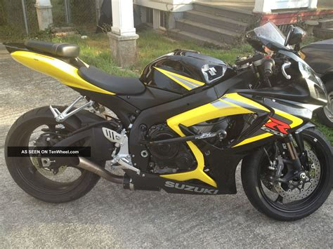 Yellow Suzuki 2006 Suzuki Gsxr 750 Motorcycle Black And Yellow