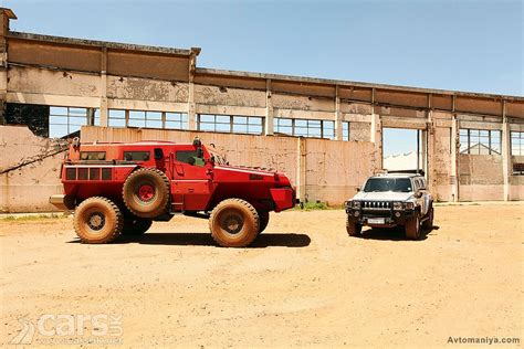 paramount marauder vs hummer the marauder mpv bigger is better