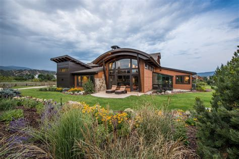 18 fascinating rustic residence exterior designs that will