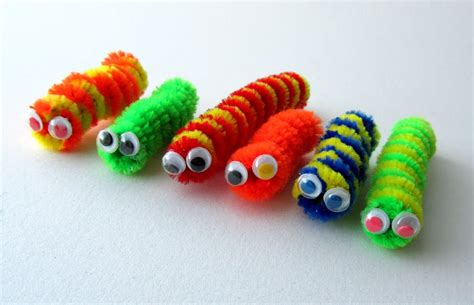easy pipe cleaner crafts for the pad with pipe cleaners