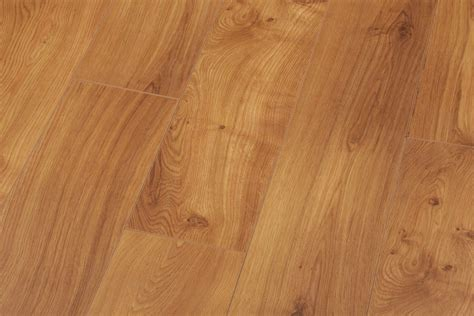 Groovy Oak Country Laminate Flooring   Floors   Laminate