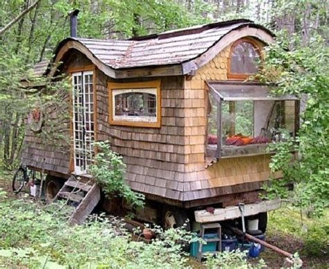 Tiny House 250 Square Feet 5 incredible tiny homes that are under 250 square feet