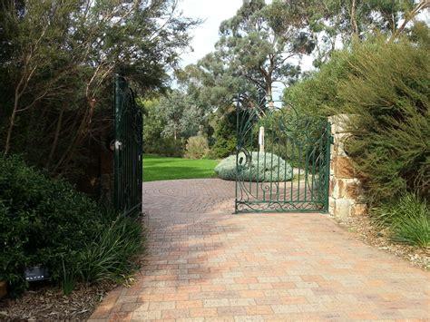The Pines Flora And Fauna Reserve Melbourne Frankston Botanical Gardens