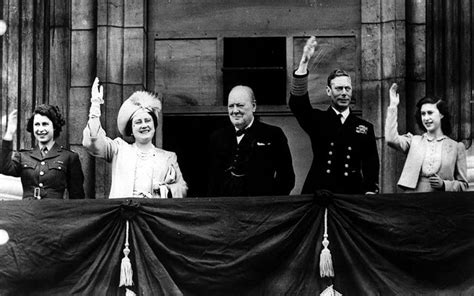film queen elizabeth ve day the royal family s war years in pictures telegraph