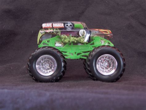 grave digger monster truck toys for kids grave digger monster truck toys bing images