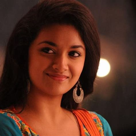 heroine pics in hd keerthy suresh new latest hd photos agnathavasi