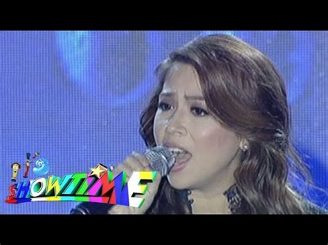 bakit nga ba mahal kita by roselle nava lyrics it s showtime singing mo to roselle nava sings quot bakit