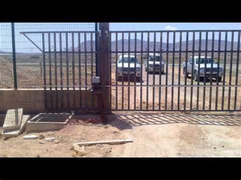 installation rideau metallique porte et portail