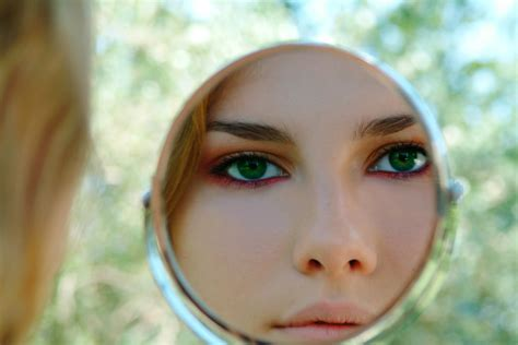 Make Up Caring trei produse de make up care ne plac lansate aceasta alistmagazine