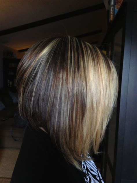 short brown hair with blonde highlights short bob with blonde highlights over dark brown hair