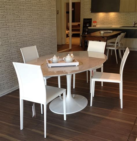 tavolo piano marmo occasione tavolo con piano in marmo di carrara scontato
