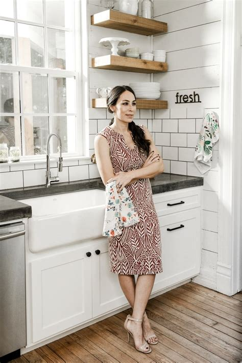 joanna gaines magazine pictures of joanna gaines in darling magazine popsugar home