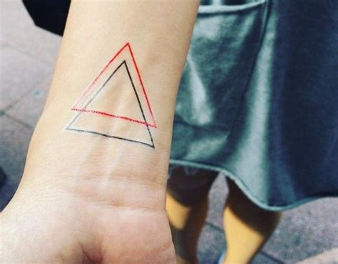 triangle pattern tattoo meaning 25 best ideas about triangle tattoo meanings on pinterest