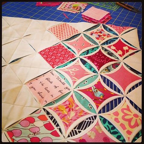 Cathedral Window Quilt Directions by 25 Unique Cathedral Windows Ideas On