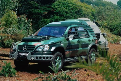 jurassic park car mercedes jurassic park the lost world mercedes benz ml320 ml m