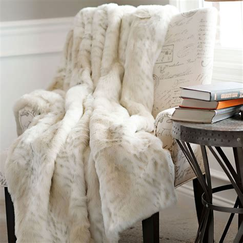White Fur Throw Rug by Faux Fur Throw Rug Rug Designs