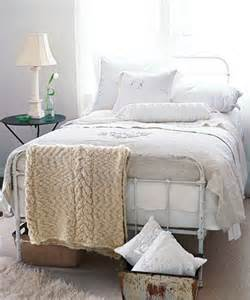 Comfortable Bedding by Comfortable Bed Choosing Mattress And Sheets For A