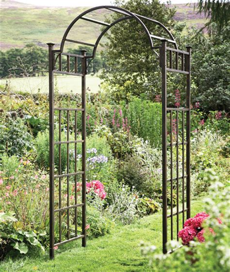 York Garden Centre No Retail Outlet Tom Chambers Metal Garden Arches And Pergolas