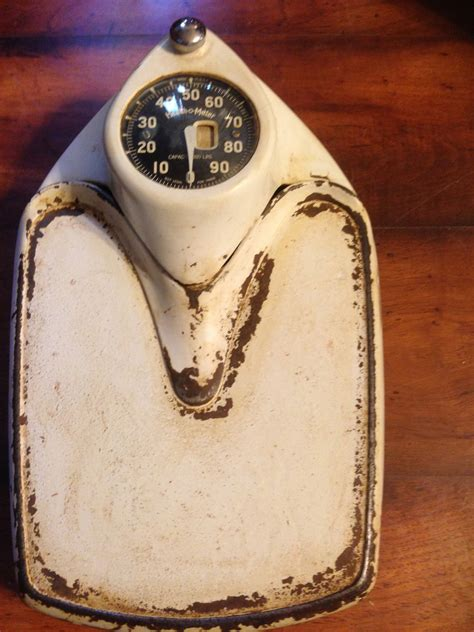 health o meter antique scale to weigh yourself on
