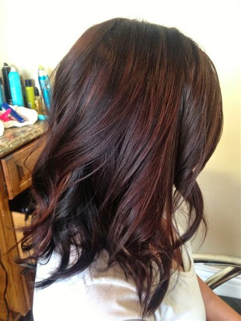 subtle colors brown hair with very subtle highlights long hairstyles