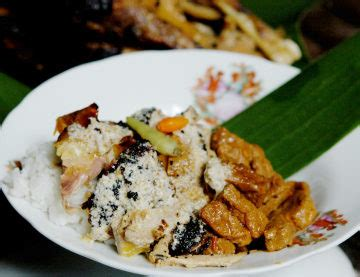 Ayam Panggang Gandu nikmati 10 kuliner khas kudus klikhotel