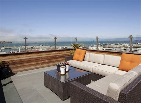 überdachung Terrasse Holz Glas by Russian Hill Roof Deck Roof Deck Lounge Contemporary