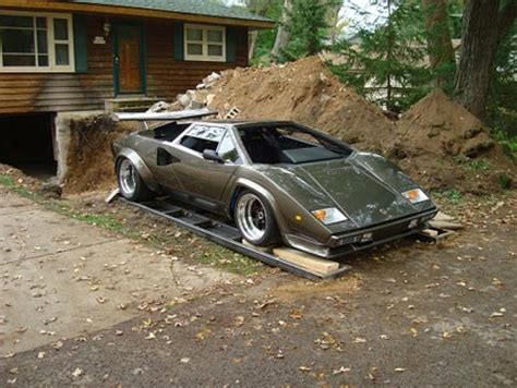 Lamborghini Built In Basement Builds Lamborghini Countach In Basement Has To Dig It
