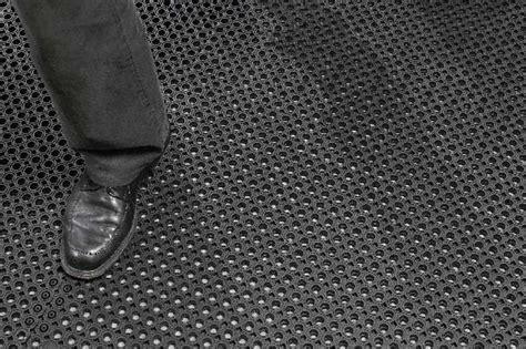 tappeti in gomma per esterno tappeti per bimbi in gomma idee per il design della casa
