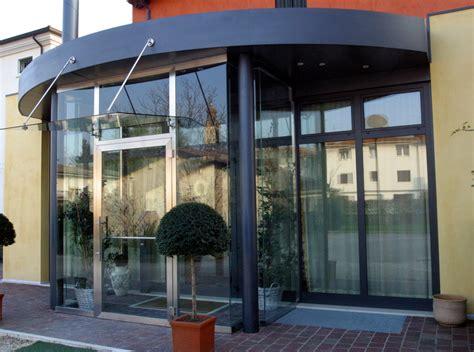 ingressi moderni in vetro pensiline in vetro e acciaio capottine in alluminio e