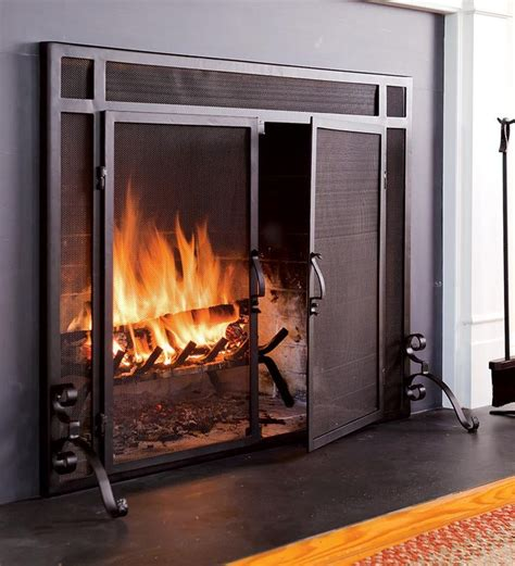 best fireplace screen 25 best ideas about fireplace screens with doors on