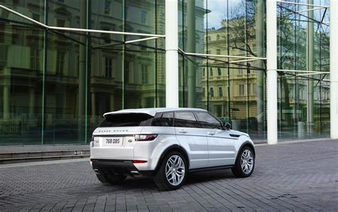 land rover evoque 2016 land rover refines look of 2016 range rover evoque adds