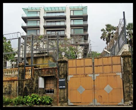 srk house here s what i ate at shah rukh khan s mannat when he invited the media for lunch missmalini