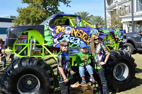 jacksonville monster truck photos monster jam uti display jacksonville fl 2014