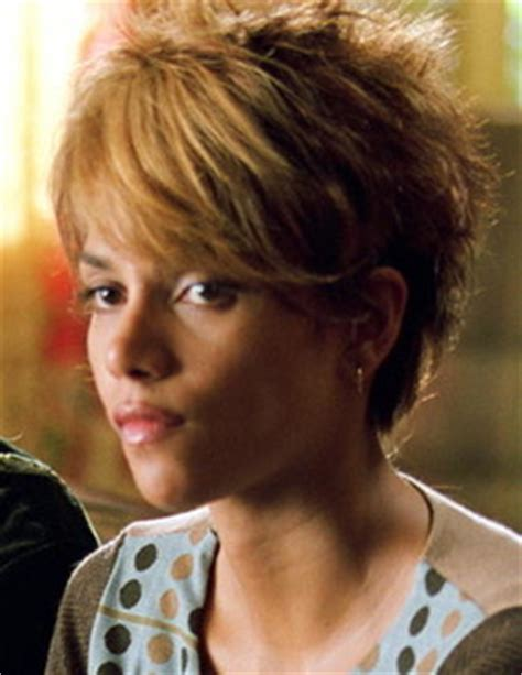 Halle Berry Photos Short Haircut   Short Hairstyle 2013