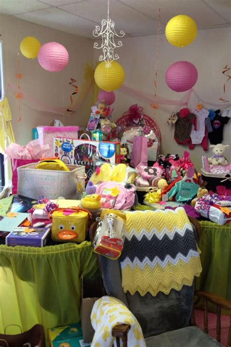 Baby Shower Display by 28 Best Images About Baby Shower On Southern