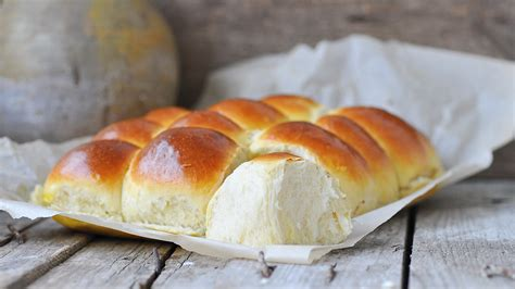 where to buy parker house rolls parker house rolls recipe lactaid 174