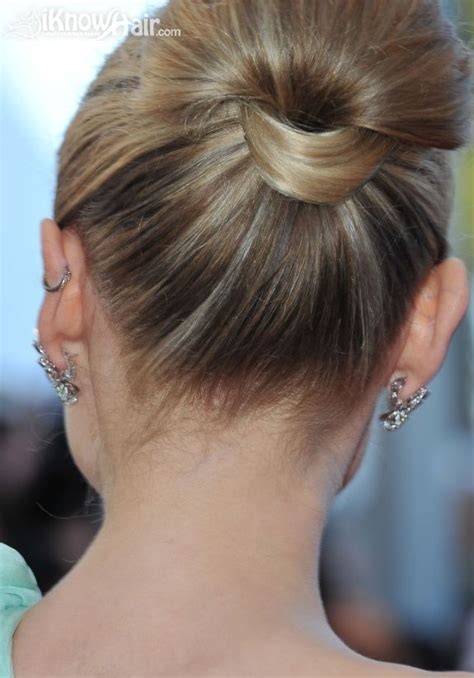 Hairstyle Easy Bun by Easy Bun Hairstyles Easy Bun Hair How To Do Easy Bun