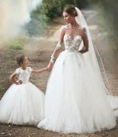 beautiful wedding dress with lace