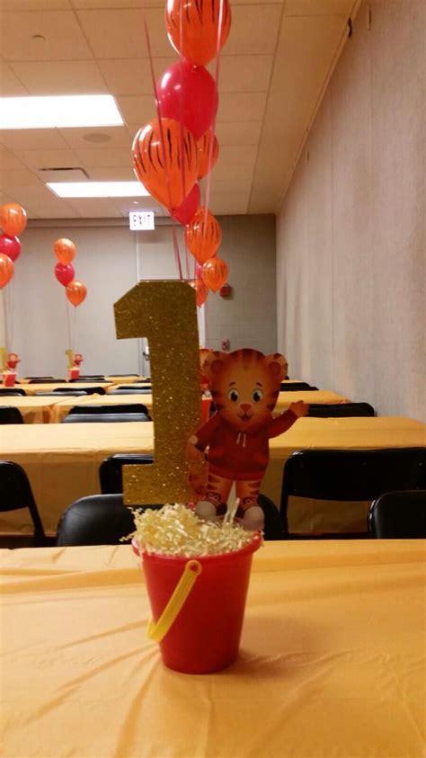 tiger centerpieces 25 best ideas about daniel tiger birthday on daniel tiger daniel tiger and