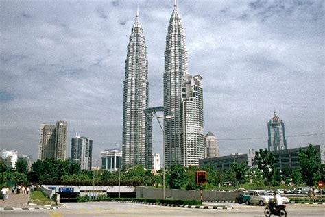 bid malaysia petronas towers kuala lumpur 1998 structurae