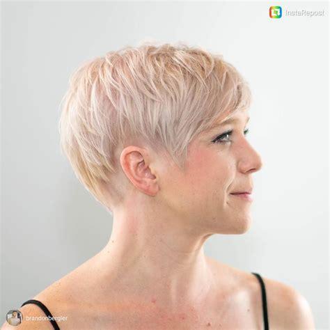 charlotte hair stylists for short hair platinum blonde
