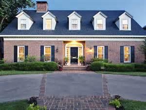 What Colour Should I Paint My House Exterior - got your heart set on university park classic red brick