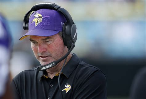 vikings couch vikings head coach mike zimmer out against cowboys on tnf