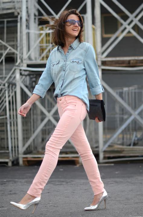 Blouse Denim 124 s light blue denim shirt pink silver leather pumps black leather clutch