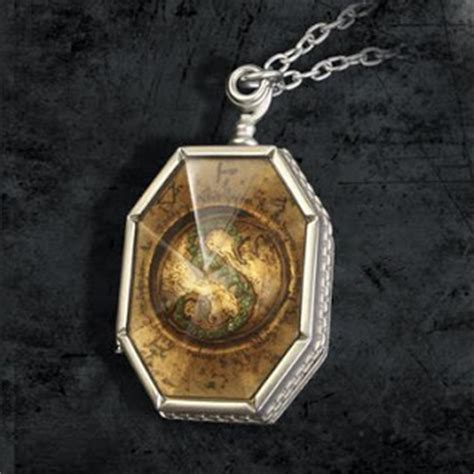 Kalung Liontin Hocrux asian harry potter and the deathly hallows 7 horcrux voldemort