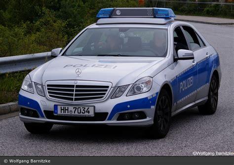 Minichs Mercedes 200 Polizei einsatzfahrzeug hh 7034 mb e klasse fustw bos